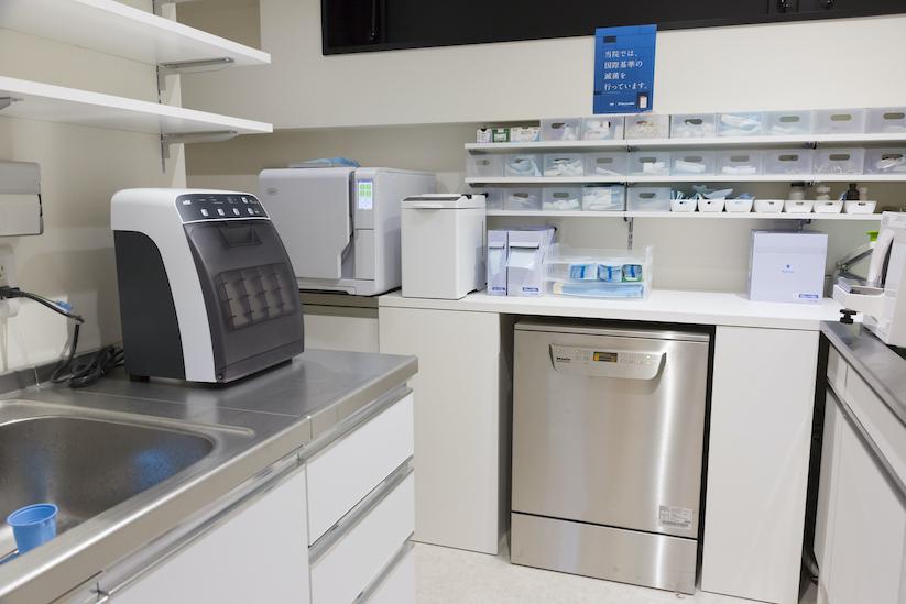 当院では世界基準の滅菌を行っています